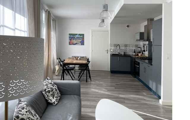 Appartement ( réf. 4527)